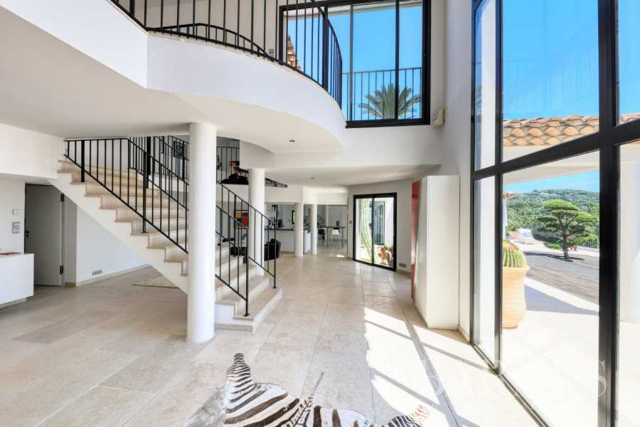 Grimaud  - Property 4 Bedrooms