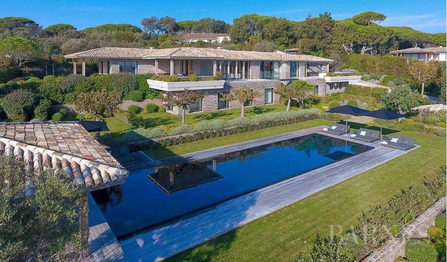 SAINT-TROPEZ - Magnifique villa vue mer - 9 chambres - Piscine picture 18