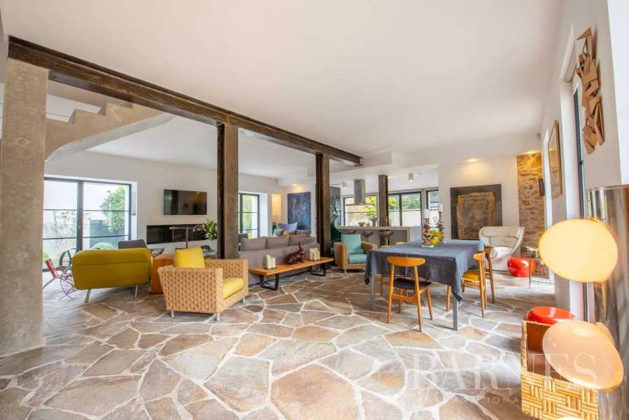 Saint-Tropez  - Property 7 Bedrooms