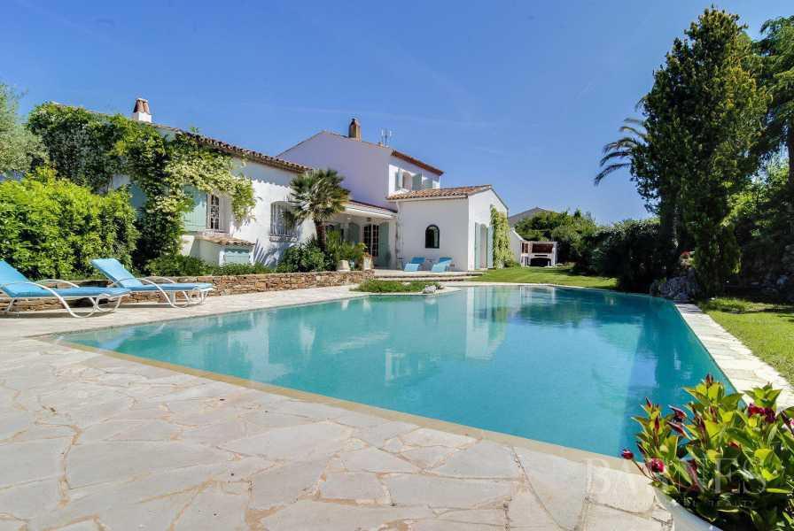 House Saint-Tropez