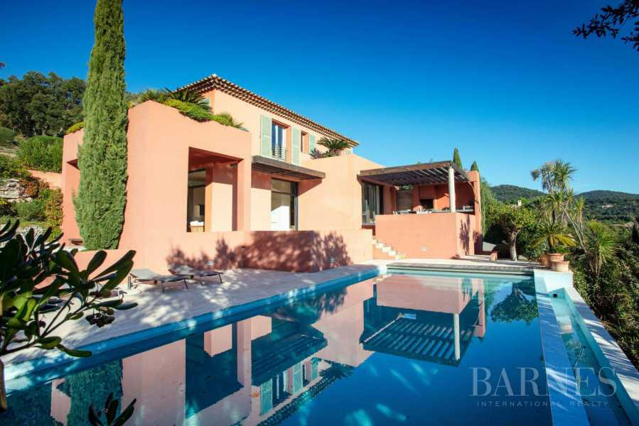 GOLFE DE SAINT-TROPEZ - GRIMAUD- Belle villa contemporaine vue mer picture 16