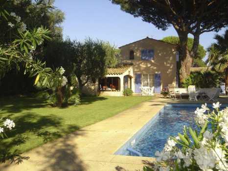 House Saint-Tropez - Ref 2213423