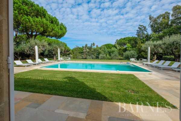 Villa Saint-Tropez  -  ref 4847031 (picture 2)