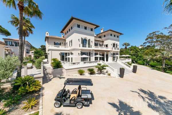 Villa Saint-Tropez  -  ref 3032348 (picture 2)
