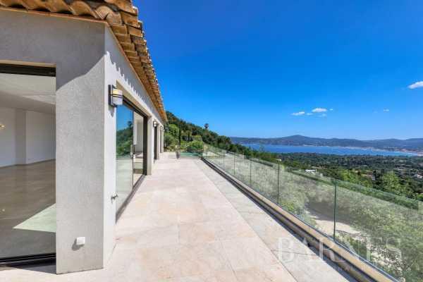 Villa Grimaud  -  ref 4037610 (picture 2)