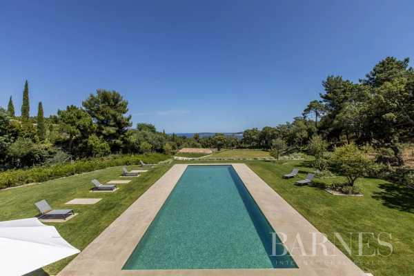 Villa Grimaud  -  ref 5137469 (picture 1)