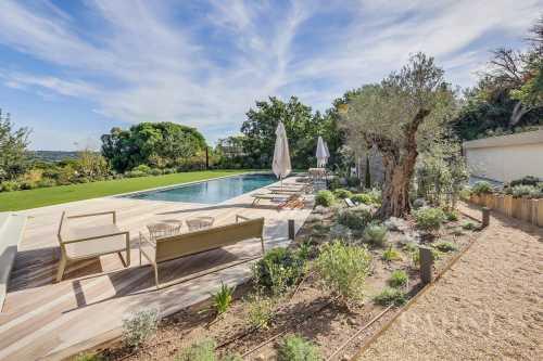Maison Saint-Tropez - Ref 2213772