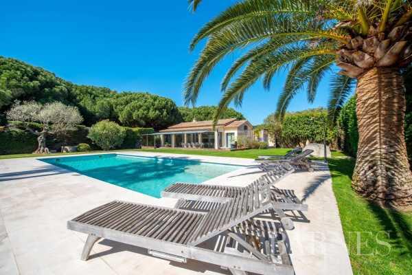 Villa Saint-Tropez  -  ref 5191290 (picture 2)