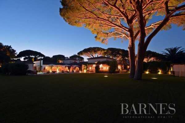 Villa Saint-Tropez  -  ref 2213865 (picture 2)