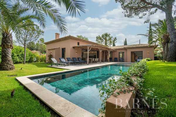 Villa Saint-Tropez  -  ref 5673238 (picture 1)