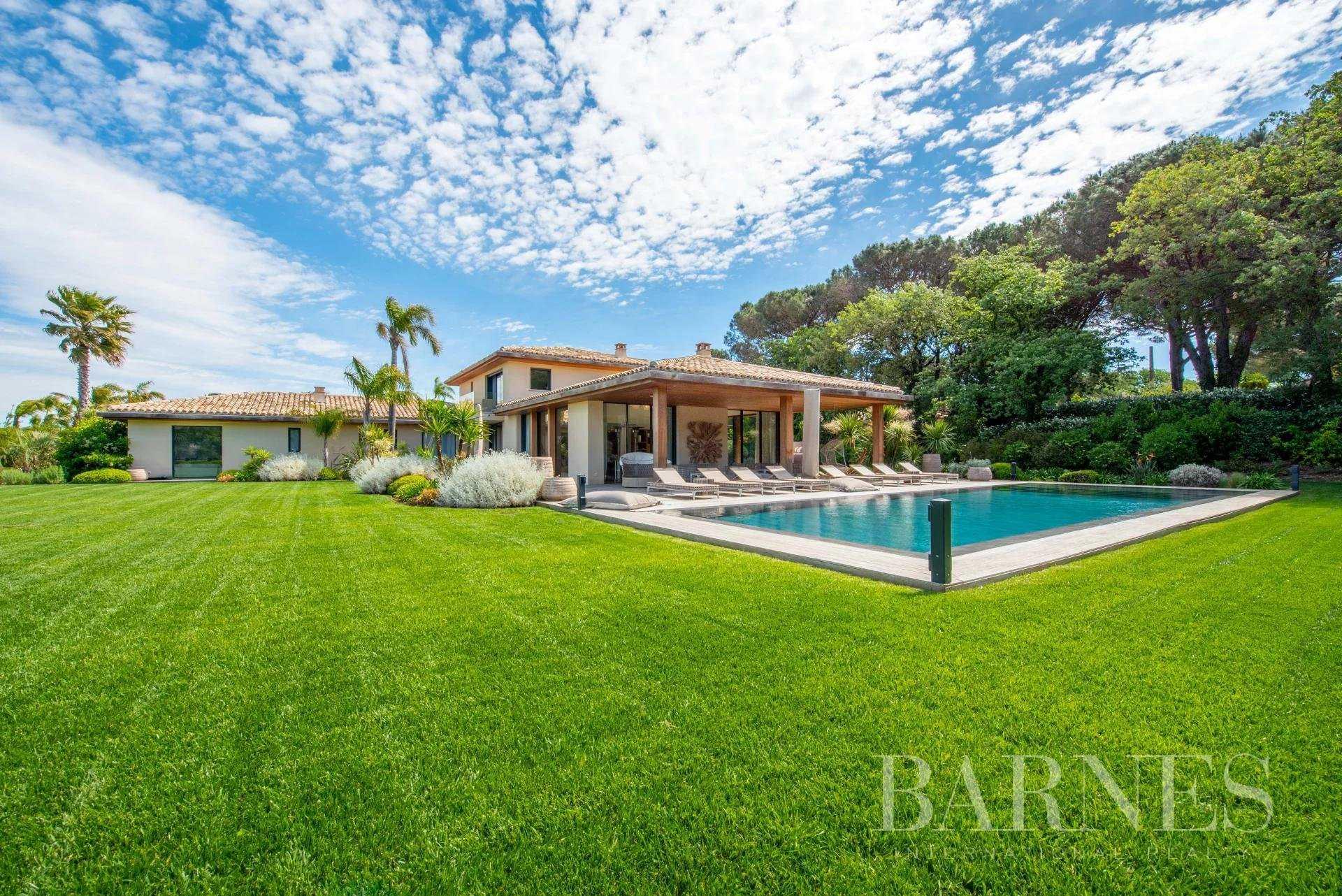 Villa Saint-Tropez  -  ref 4449216 (picture 1)
