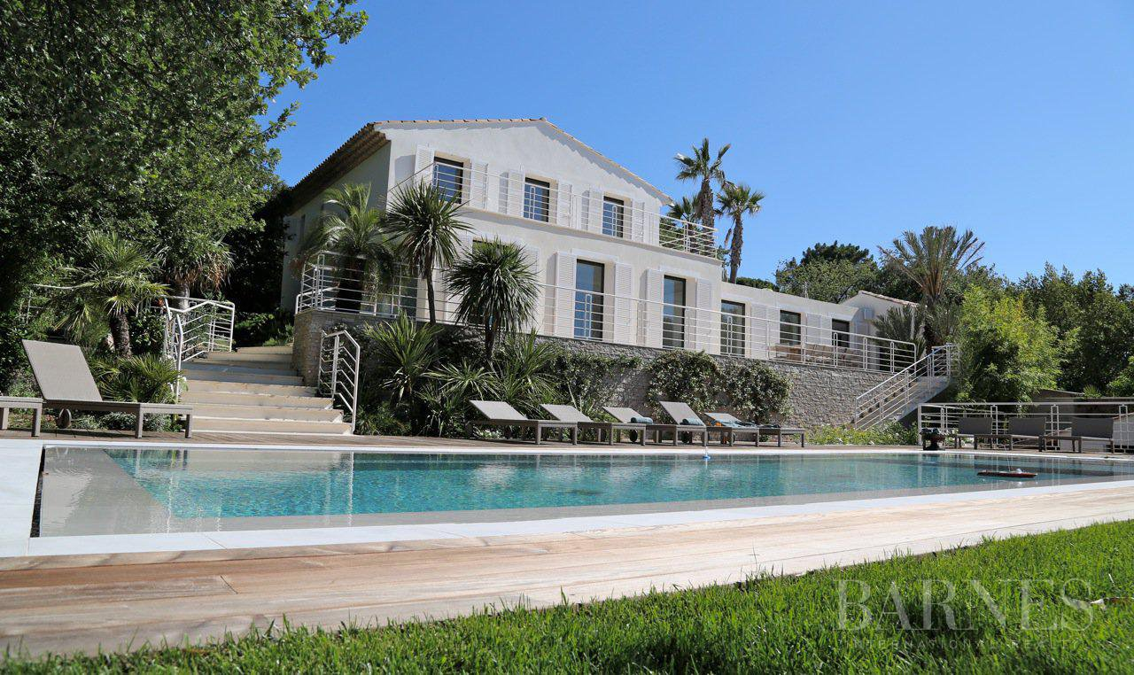 SAINT-TROPEZ - CENTRE VILLAGE - 10 CHAMBRES - PISCINE picture 1