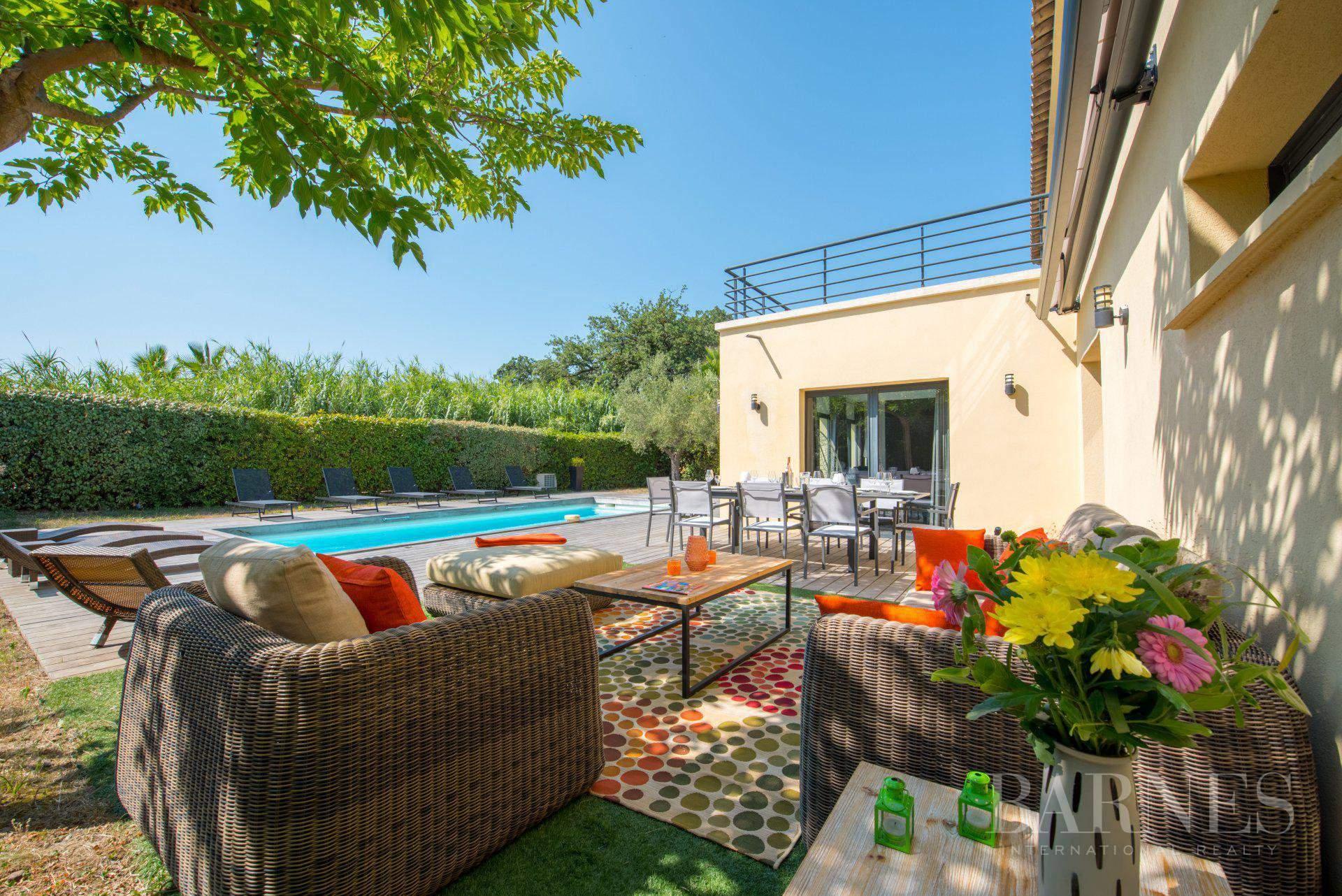SAINT-TROPEZ - 4 chambres - Villa proche du village et des plages picture 2