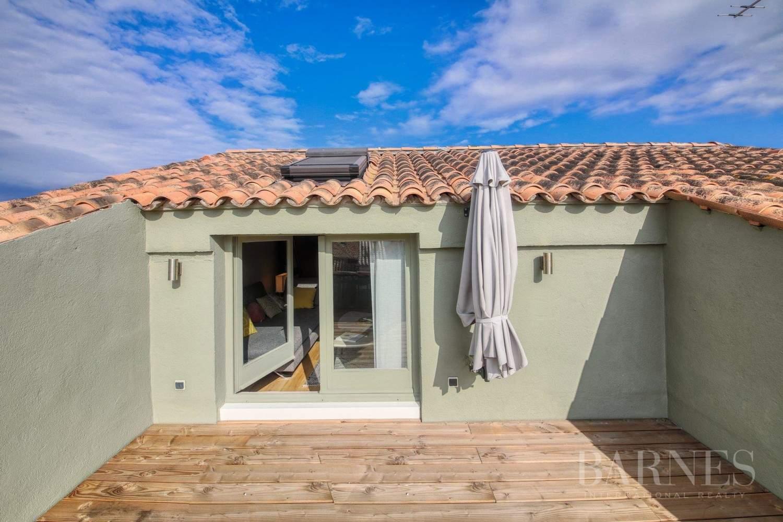 SAINT-TROPEZ - Place de la Garonne - Duplex en centre ville  avec terrasse tropézienne picture 2