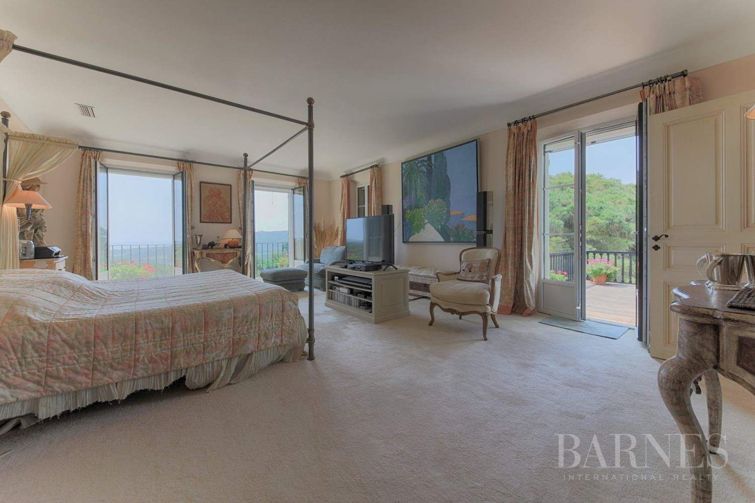 Ramatuelle  - Property 12 Bedrooms - picture 14
