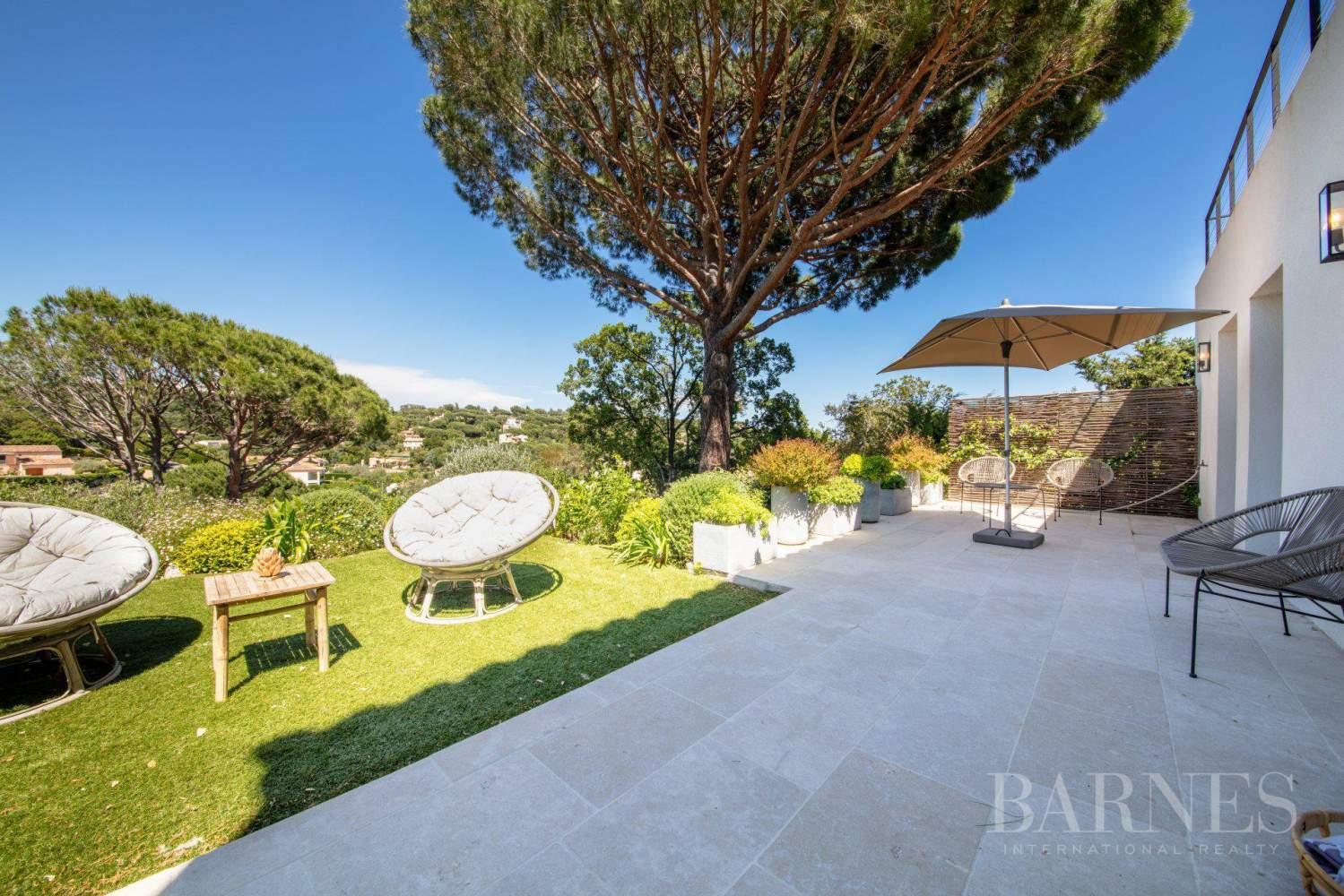 GRIMAUD - Villa moderne vue mer dans une résidence haut de gamme picture 17
