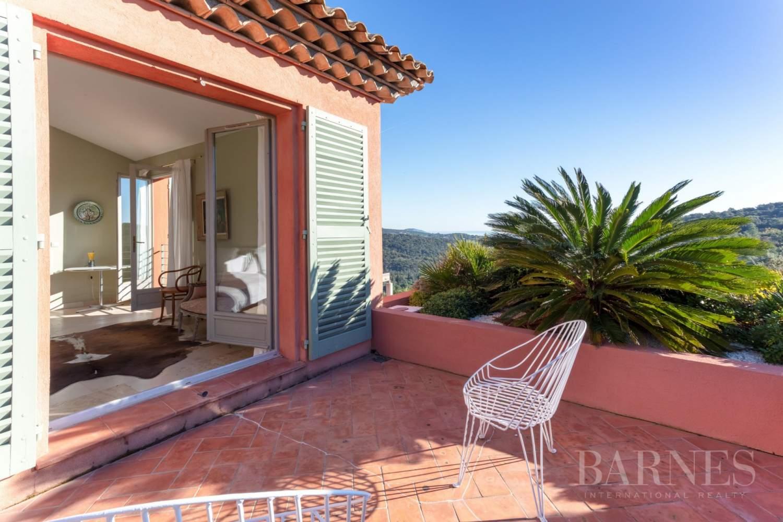 GOLFE DE SAINT-TROPEZ - GRIMAUD- Belle villa contemporaine vue mer picture 11