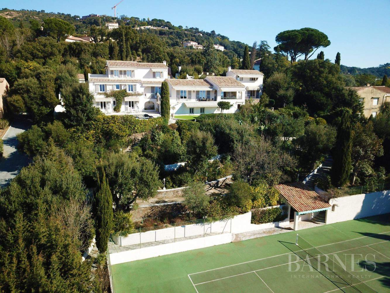 GRIMAUD - Sea view property,  with  pool and tennis picture 2