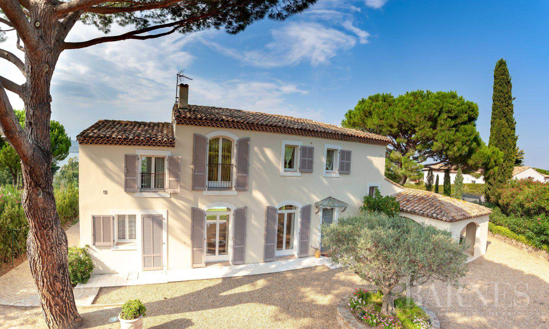 GASSIN - PANORAMIC VIEW SEA AND VILLAGE SAINT-TROPEZ picture 17