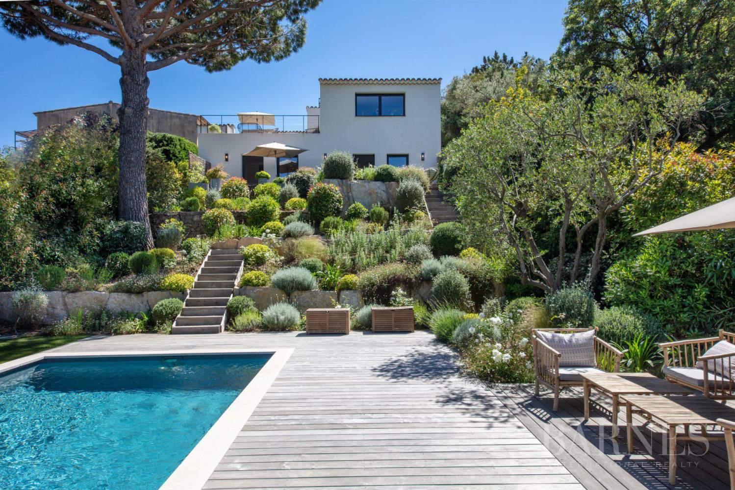 GRIMAUD - Villa moderne vue mer dans une résidence haut de gamme picture 1