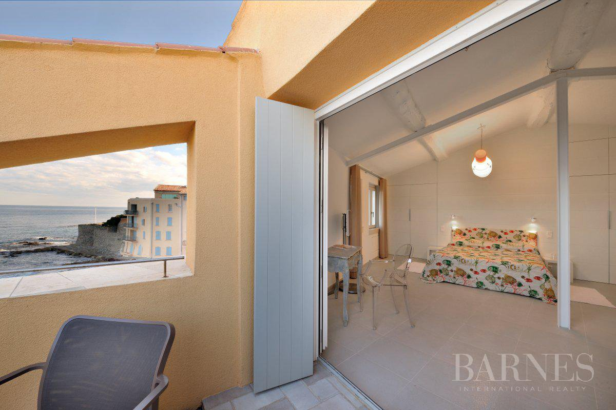 SAINT-TROPEZ DOWNTOWN - 3 BEDROOM TRIPLEX - SEA VIEW picture 2