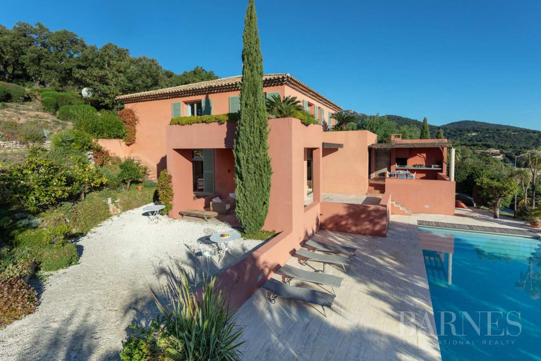 GOLFE DE SAINT-TROPEZ - GRIMAUD- Belle villa contemporaine vue mer picture 2