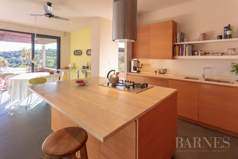 GOLFE DE SAINT-TROPEZ - GRIMAUD- Belle villa contemporaine vue mer picture 6