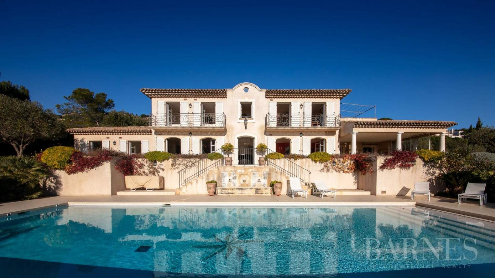 Grimaud  - Property 5 Bedrooms - picture 1