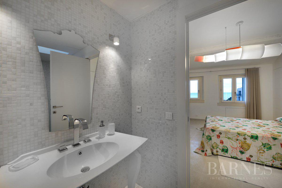 SAINT-TROPEZ DOWNTOWN - 3 BEDROOM TRIPLEX - SEA VIEW picture 13