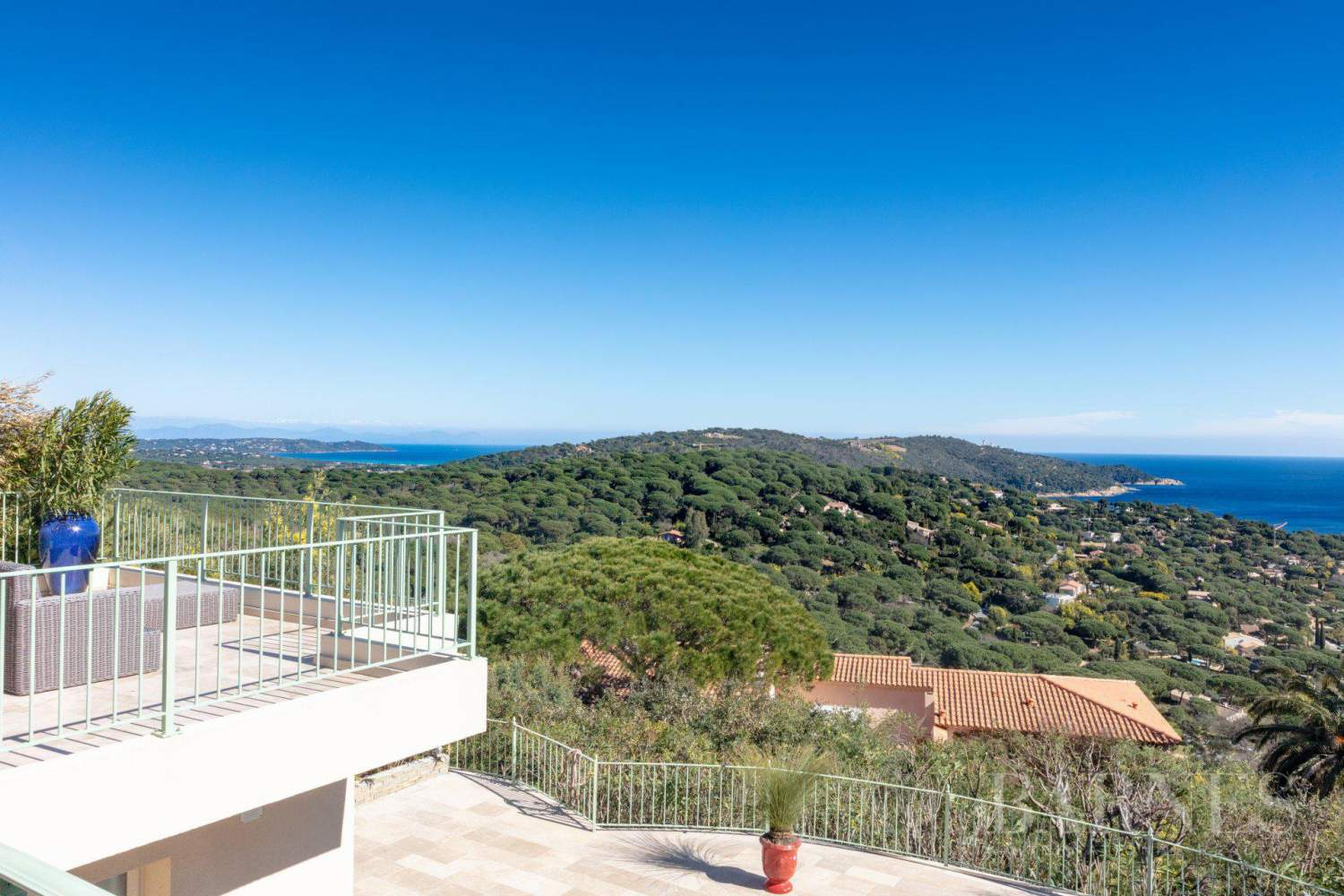 RAMATUELLE - Escalet - Villa with panoramic sea view - 5 bedrooms - Pool picture 16