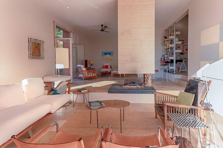 GOLFE DE SAINT-TROPEZ - GRIMAUD- Belle villa contemporaine vue mer picture 4