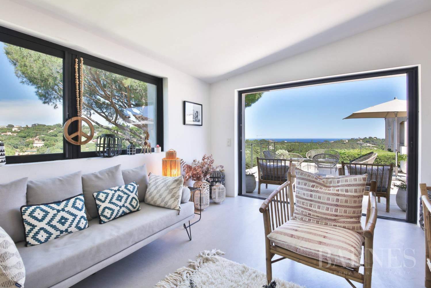 GRIMAUD - Villa moderne vue mer dans une résidence haut de gamme picture 6