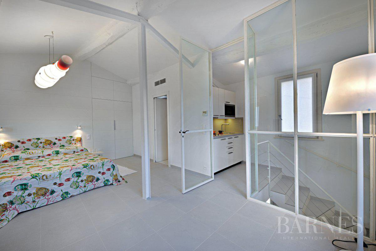 SAINT-TROPEZ DOWNTOWN - 3 BEDROOM TRIPLEX - SEA VIEW picture 11