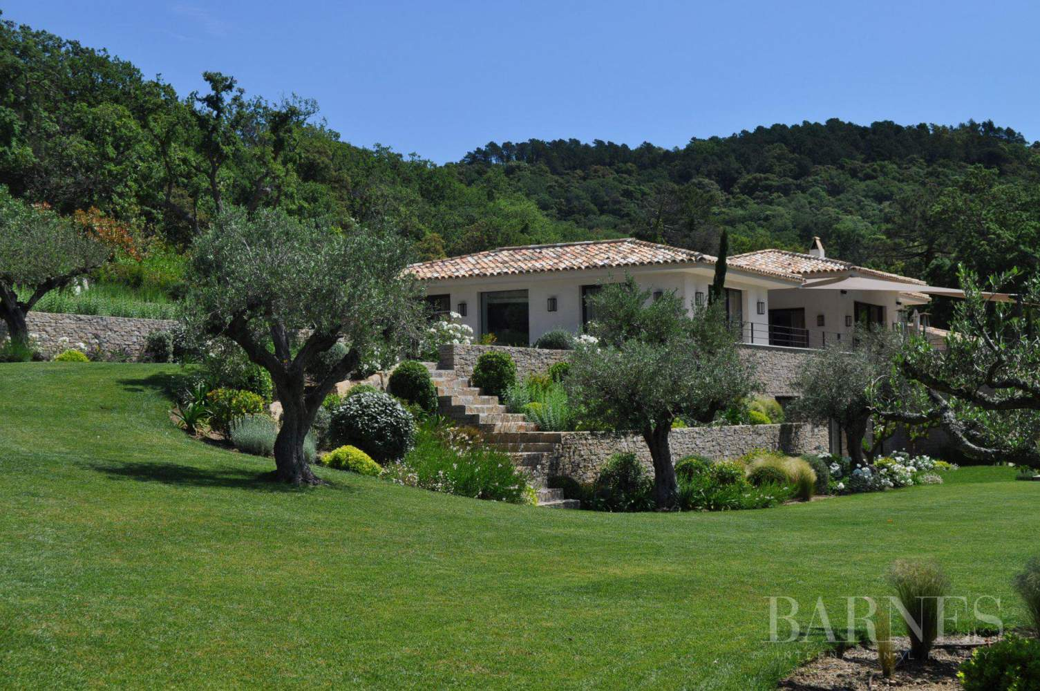 GASSIN - Villa 7 bedrooms - Infinity pool - Golf - Absolute calm and privacy picture 1