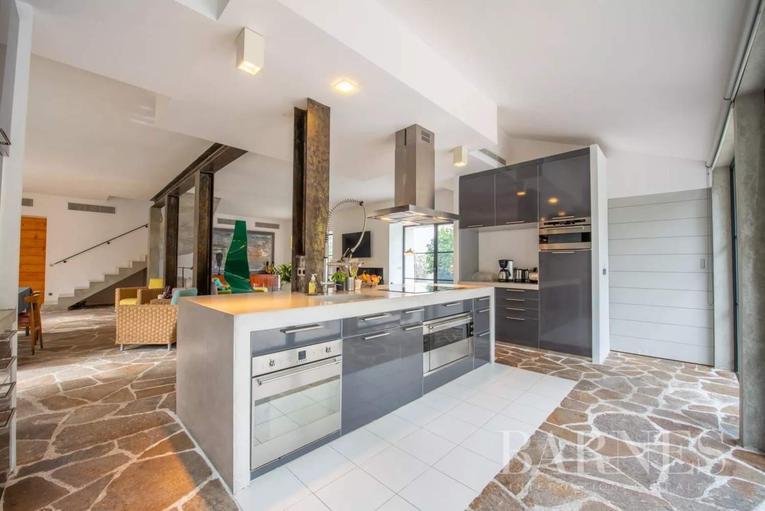 Saint-Tropez  - Property 7 Bedrooms - picture 3