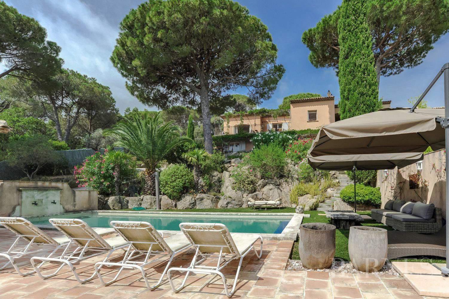 RAMATUELLE - Villa provençale, vue mer, proche de Saint Tropez picture 2