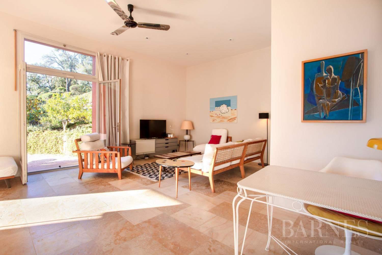 GOLFE DE SAINT-TROPEZ - GRIMAUD- Belle villa contemporaine vue mer picture 14