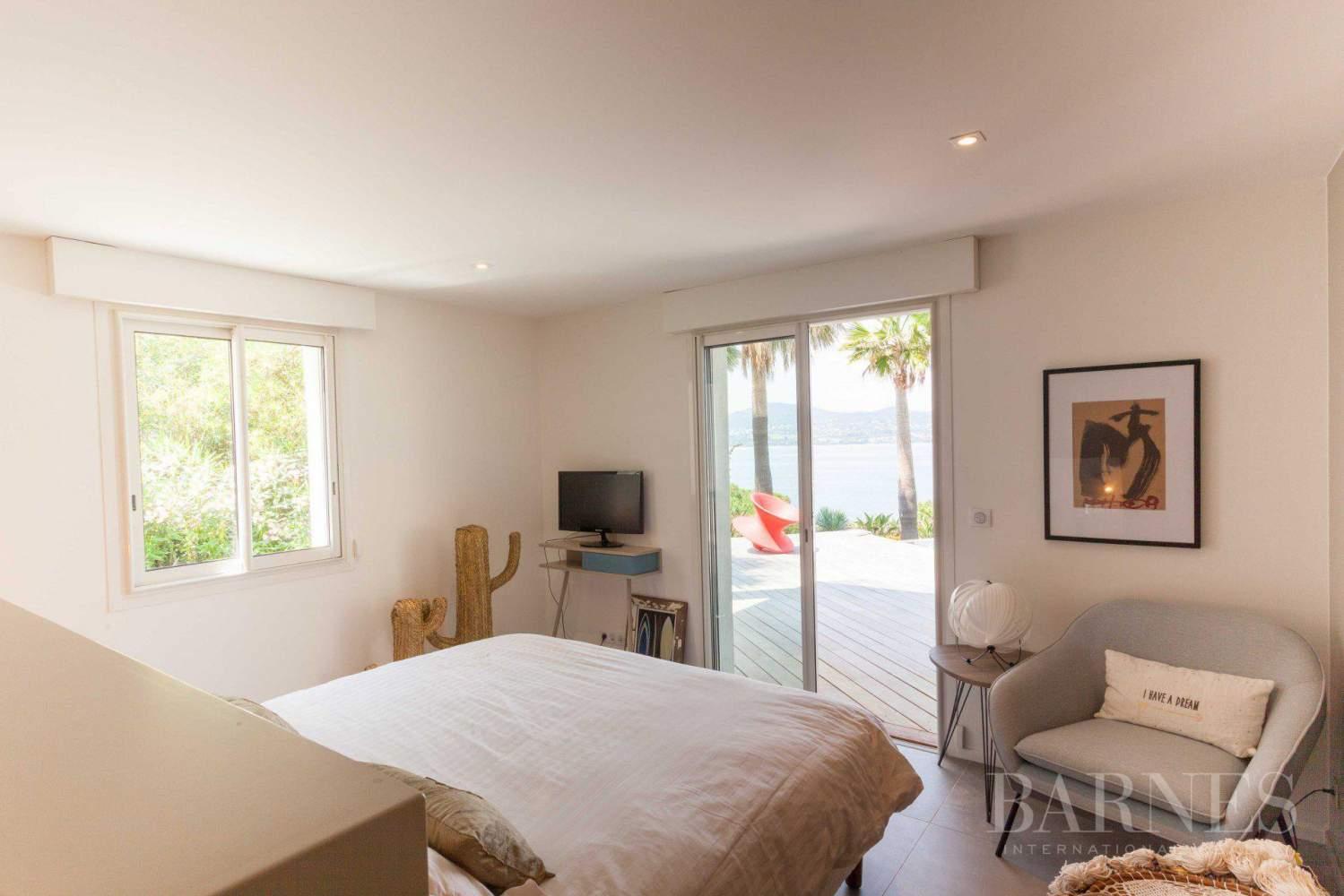 GASSIN - Contemporary house near Saint-Tropez, sea view picture 14
