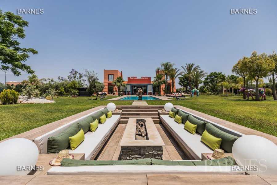 Marrakech  - Villa 25 Pièces 18 Chambres