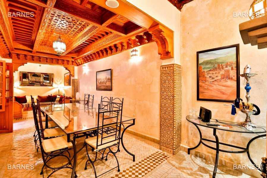 Marrakech  - Riad 8 Pièces 6 Chambres
