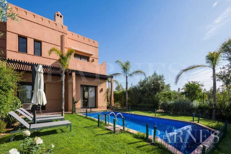 Marrakech  - Villa 5 Pièces 3 Chambres