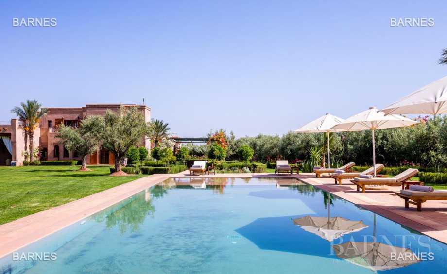 Moroccan architecture Villa in a private domain of 6 villas picture 19