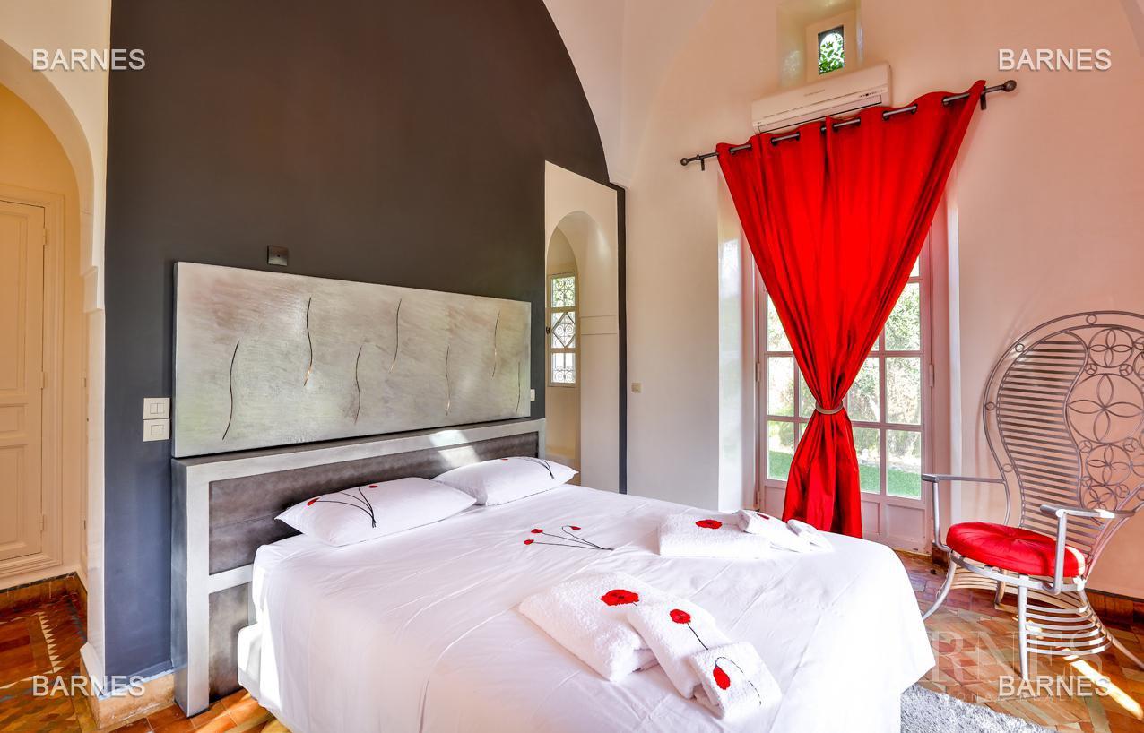 Superbe Villa meublée avec gout signée Charles Boccara dans une résidence sécurisée picture 10