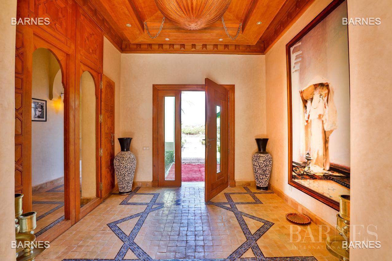 Moroccan architecture Villa in a private domain of 6 villas picture 3