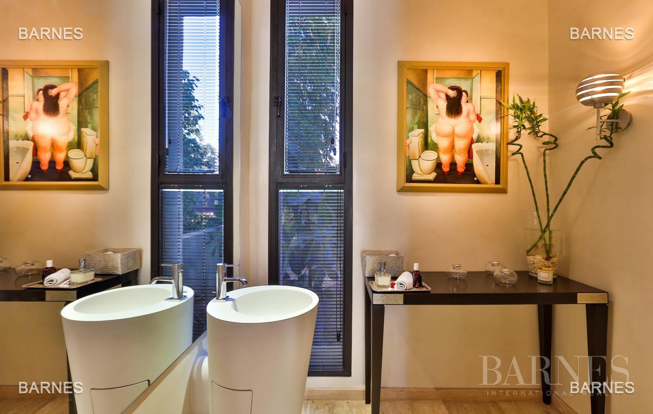 Très belle villa de style contemporaine sur un terrain de 1.000 m² picture 9