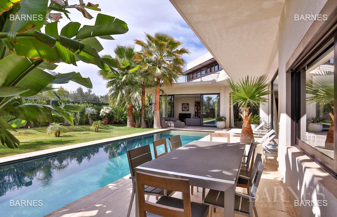 Très belle villa de style contemporaine sur un terrain de 1.000 m² picture 15