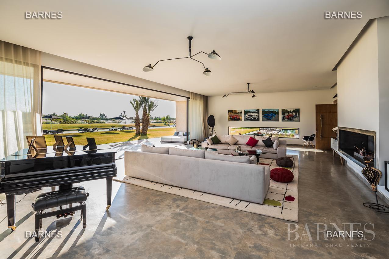 somptueuse villa contemporaine sur un parc de 3 hectares à 30 min de Marrakech picture 3