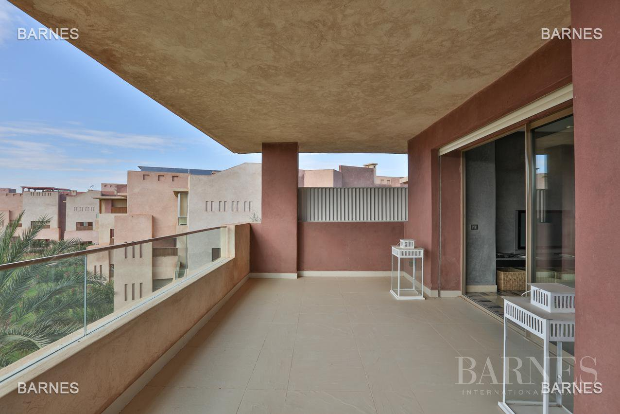 Very beautiful new apartment located in a beautiful golf residence picture 2