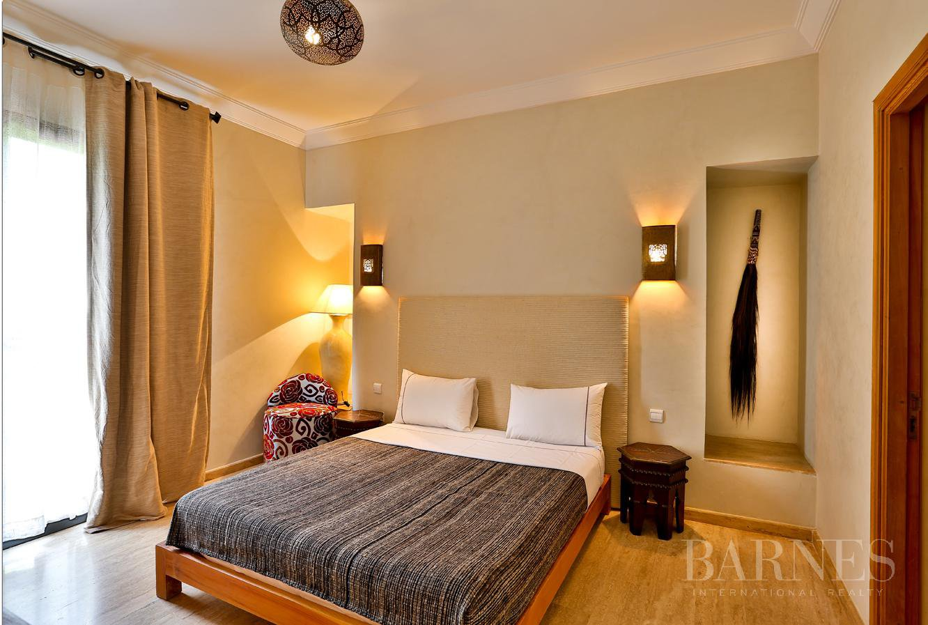 Close to Bab Atlas , in a quiet residential area and easily accessible by road from Fez picture 15