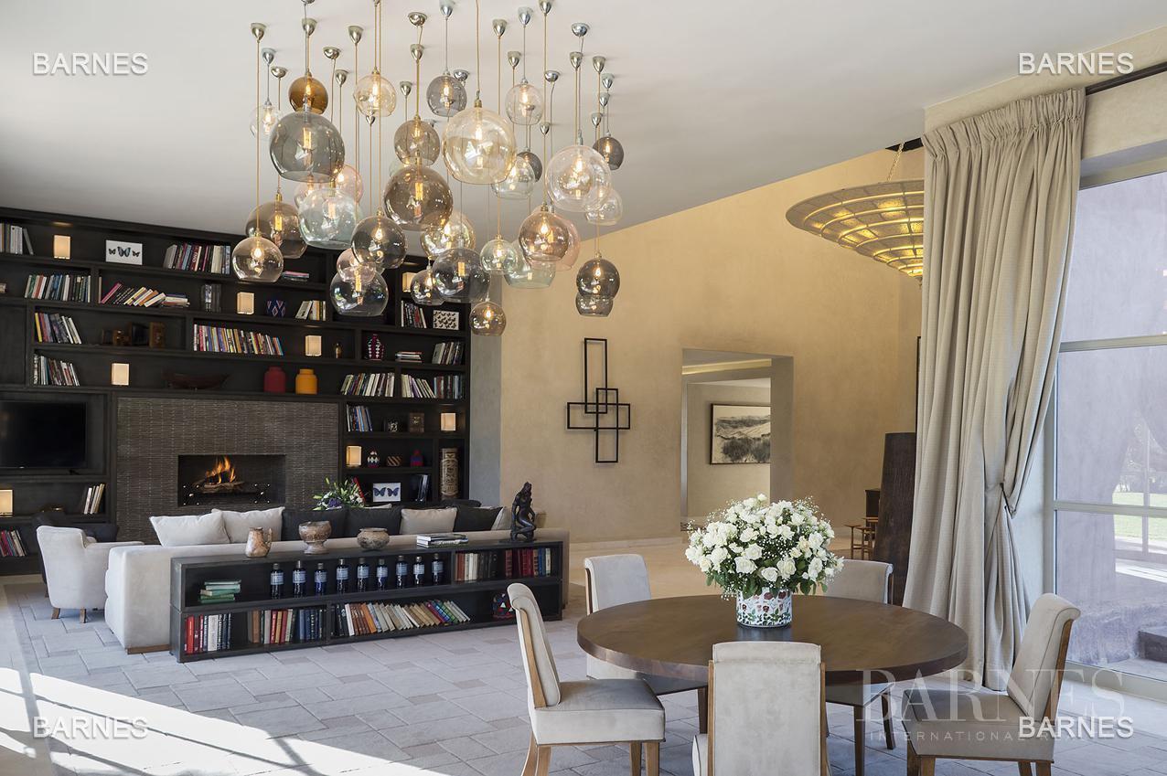 Marrakech  - Maison 8 Pièces 5 Chambres - picture 2